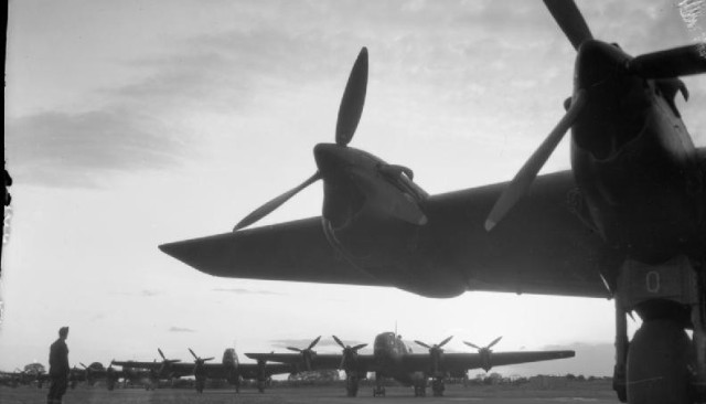 Royal_Air_Force_Bomber_Command_1942-1945